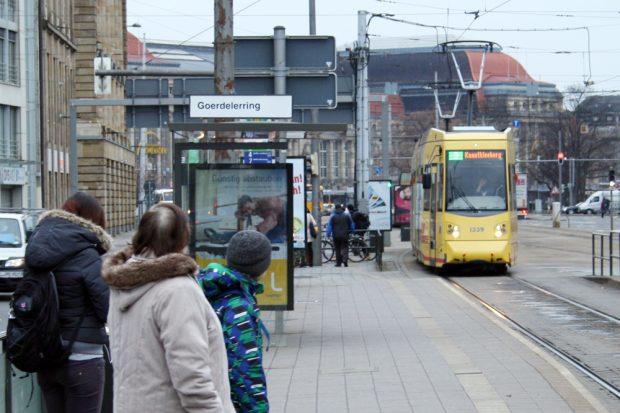 Haltestelle Goerdelerring mit Blick zum Überweg Löhrstraße. Foto: Ralf Julke