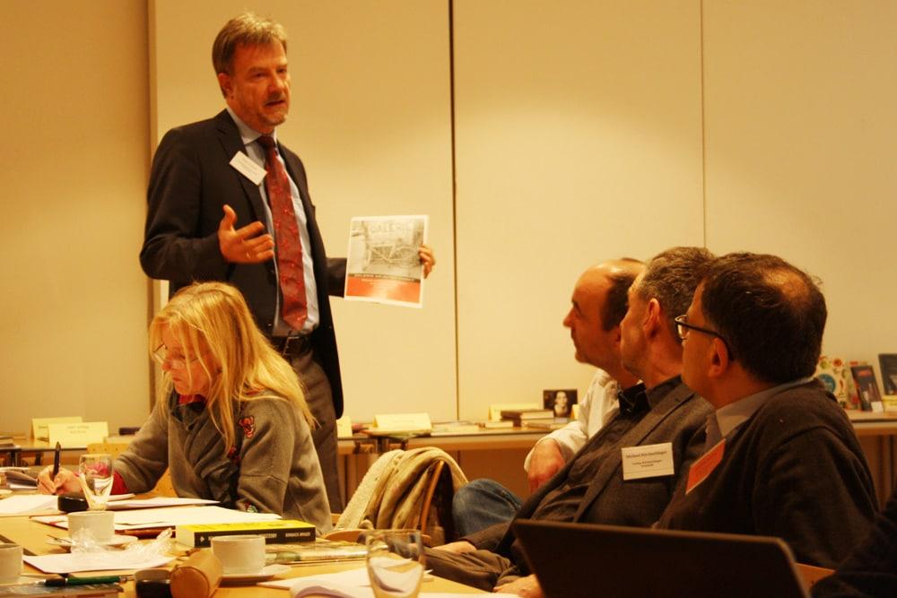 Verleger werben für ihre Bücher - hier der Hasenverlag aus Halle. Foto: Ralf Julke
