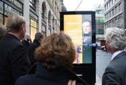 Digitales Werbedisplay in der Grimmaischen Straße. Foto: Ralf Julke