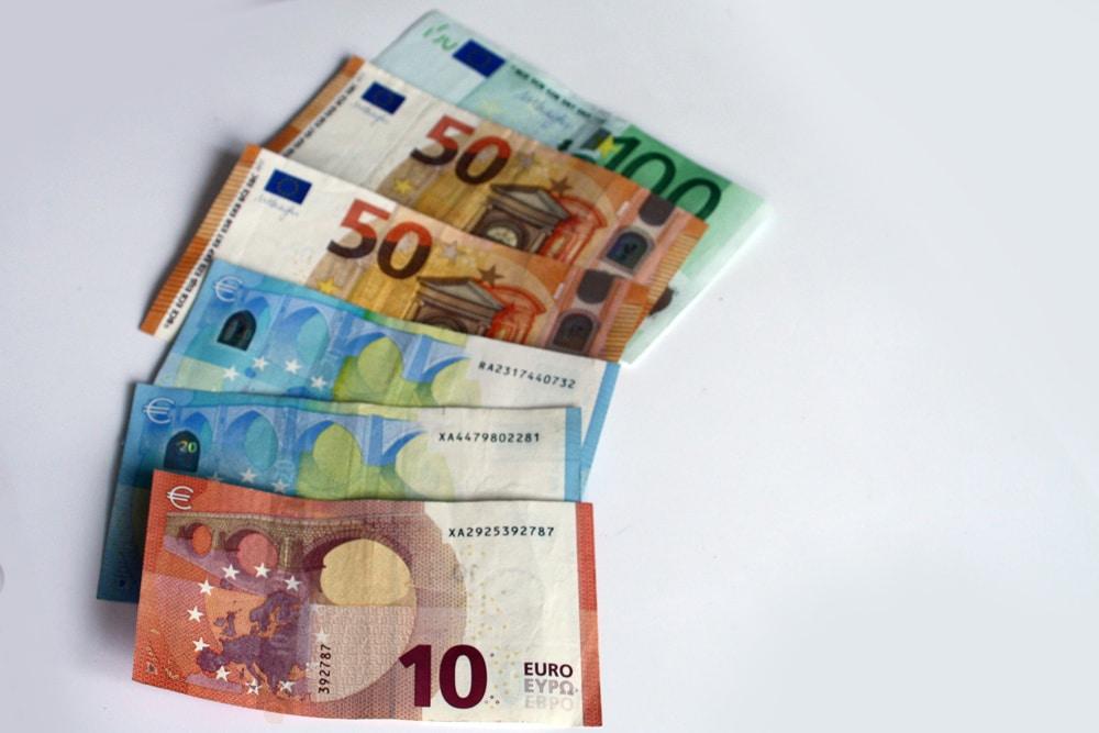 Auch der Landtag will wissen, was mit dem Geld der Steuerzahler passiert. Foto: Ralf Julke