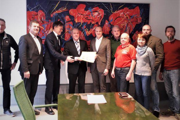 Petitionsübergabe am 14. März im Landtag an Dr. Matthias Rößler. Foto: BI Böhlitz