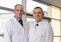 Sie bilden ab sofort ein eigenes Gefäßzentrum im Leipziger Diako: die Chefärzte Dr. Lutz Pomper (l.) und Dr. Olaf Richter. Foto: Kay Zimmermann