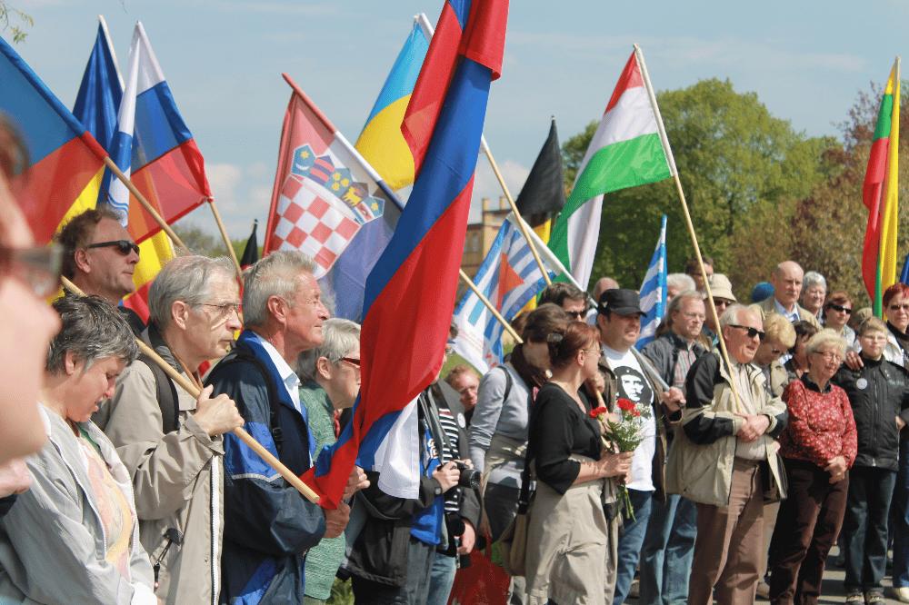 Eröffnung der Gedenktafel 2015. Foto: Privat