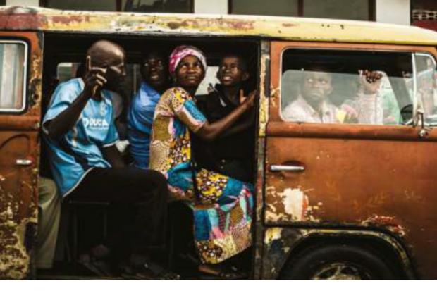 "Fotoserie ""Moving Kinshasa"" 2017, @ GRASSI Museum für Völkerkunde zu Leipzig, Foto: Azgard Itambo."