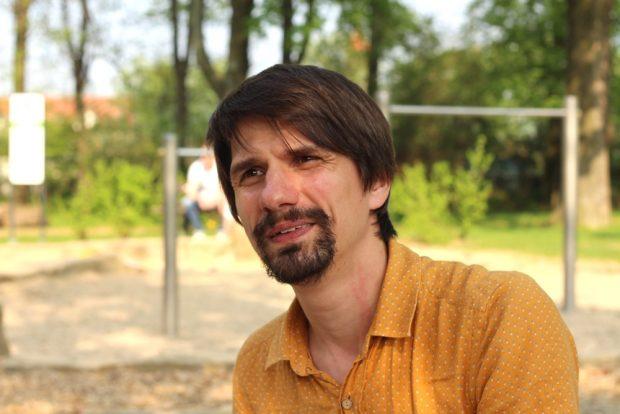 Ingenieur Jan Bauer im Interview zu selbst gebauten Solaranlagen und kaufbaren Varianten für die private Energiewende. Foto: Privat