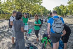 Joggen und Müll sammeln im Lene-Voigt-Park. © BUND Leipzig/Jan Zombik
