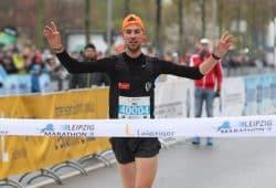 Nic Ihlow (SC DHfK Leipzig) krönte seine Marathon-Premiere mit einem klaren Sieg. Foto: Jan Kaefer