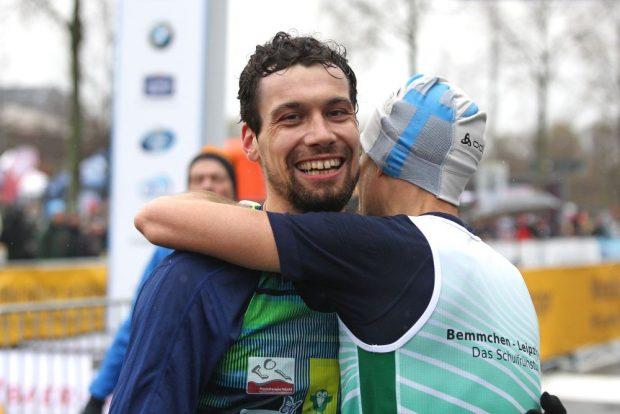 Vorjahressieger Vincent Hoyer (Leipzig) war auch diesmal auf der Halbmarathon-Strecke der Schnellste. Foto: Jan Kaefer