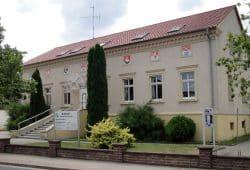 Rathaus der Gemeinde Sülzetal. Foto: Reise Reise, CC BY-SA 4.0