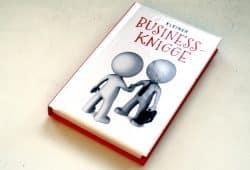 Frauke Weigand: Kleiner Business-Knigge. Foto: Ralf Julke