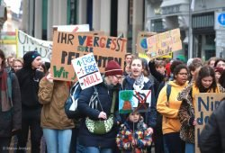 Fridays For Future demonstrieren in Leipzig. Foto: L-IZ