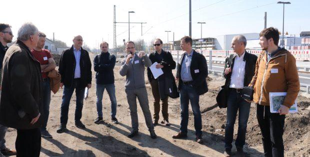 Die Teilnehmer der Planungswerkstatt der DEGES zur B 87n. Foto: Zebralog