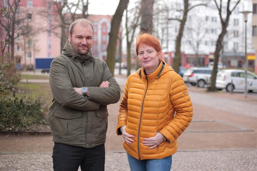 Das Quartiersteam der Verbraicherzentrale Florian Thamm und Karin Gründel. Foto: Verbraucherzentrale Sachsen