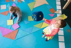 """""""Spielerisches Lernen im """"Königreich der Phantasie"""" des UNIKATUM Kindermuseum"""". Foto: Sandra Neuhaus"""