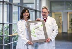 Dr. Sylvia Gütz, Leiterin des Lungenkrebszentrums und Dr. Axel Skuballa, stellvertretender Leiter des Lungenkrebszentrums, Foto: KSG