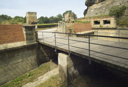 Rote Brücke auf der Festung Königstein. Foto: Bernd Walther