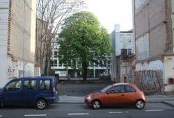Baulücke in der Georg-Schumann-Straße. Foto: Ralf Julke