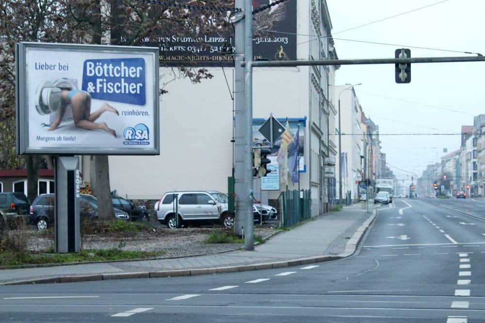 Ein Beispiel für sexistische Werbung aus dem Jahr 2013. Foto: Ralf Julke