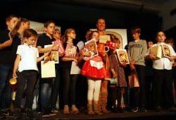 Die Teilnehmer des Gaggaudebbchens 2019 auf der Bühne. Foto: Ralf Julke