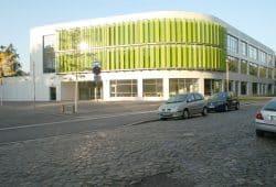 Die 2013 eröffnete Erich-Kästner-Schule. Foto: Ralf Julke