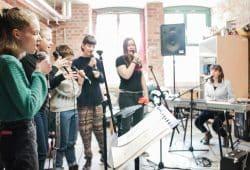 Schulband NOPE bei der Probe. Foto: School on tour