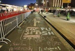 Die 48-Stunden-Demo am Hauptbahnhof leipzig hat begonnen. Foto: L-IZ.de