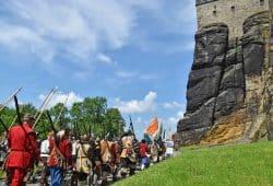 """Aufmarsch beim Historienspektakel """"Die Schweden erobern den Königstein"""", Foto: Festung Königstein gGmbH"""
