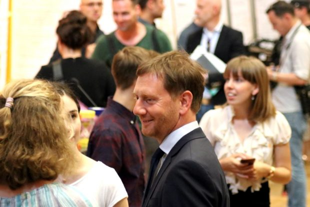 Michael Kretschmer bei der Schüler-Klimakonferenz in Leipzig. Foto: L-IZ