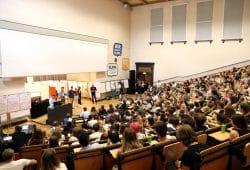 Etwa 500 Teilnehmer waren gekommen - darunter mehr Vertreter von Fridays for Future als erwartet. Foto: L-IZ.de