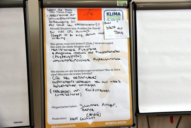 Klare Forderung nach einer Kerosinsteuer. Foto: L-IZ.de