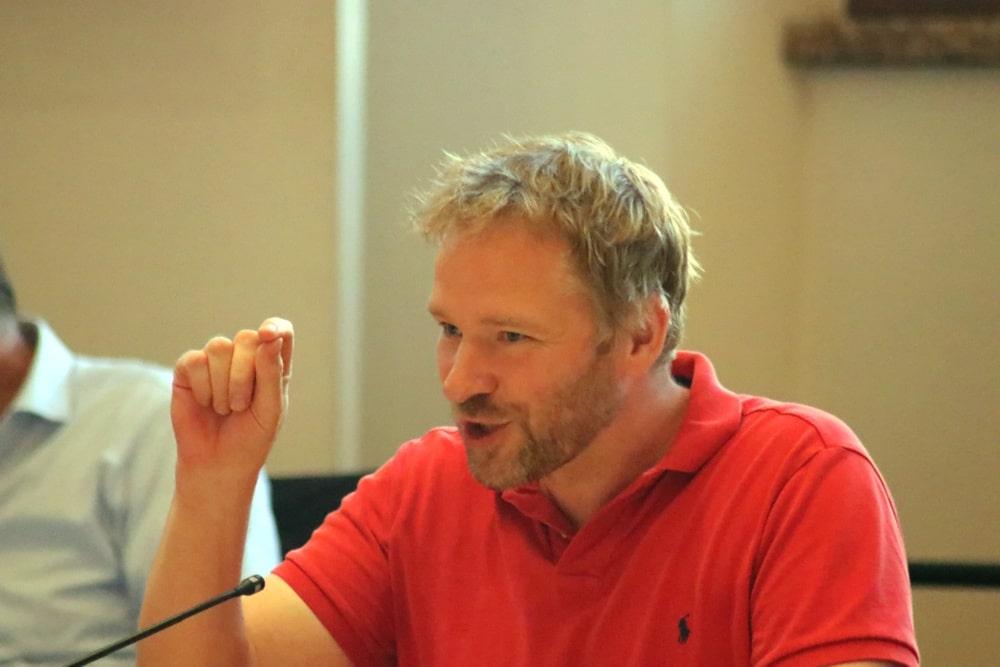 Ein kleiner Unterschied zwischen Aufstellungsbeschluss und Erhaltungssatzung. Mathias Weber (Die Linke). Foto: L-IZ.de