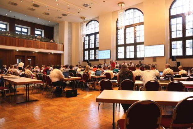 Der Leipziger Stadtrat im Interims-Saal. Foto: L-IZ.de