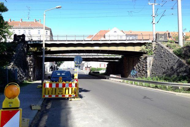 Die alte Bahnbrücke an der Cunnersdorfer Straße. Foto: Deutsche Bahn