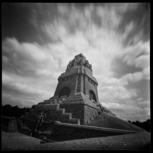 Völkerschlachtdenkmal mit Gloriole. Foto: Sighard Gille