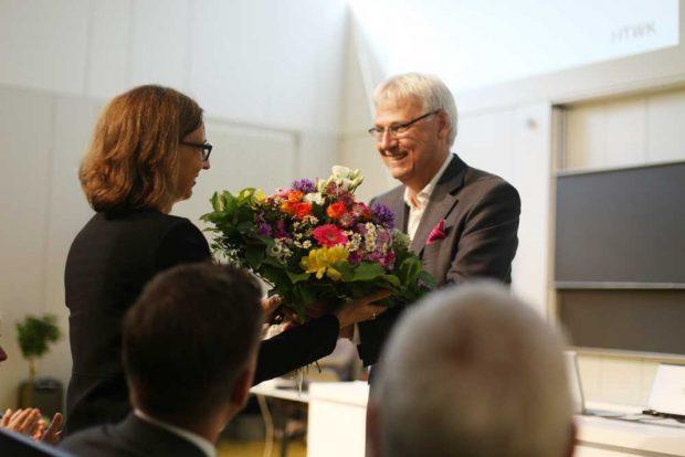 HTWK-Rektorin Prof. Gesine Grande und Telekom-Vorstandsmitglied Dr. Thomas Kremer. Foto: Robert Weinhold/ HTWK Leipzig