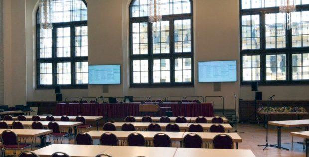 Während der Ratssaal saniert wird: Das Interim des Leipziger Stadtrates. Foto: L-IZ.de