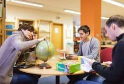Lehramtsstudierende der Universität Leipzig in der Lernwerkstatt. Foto: Christian Hüller/Universität Leipzig