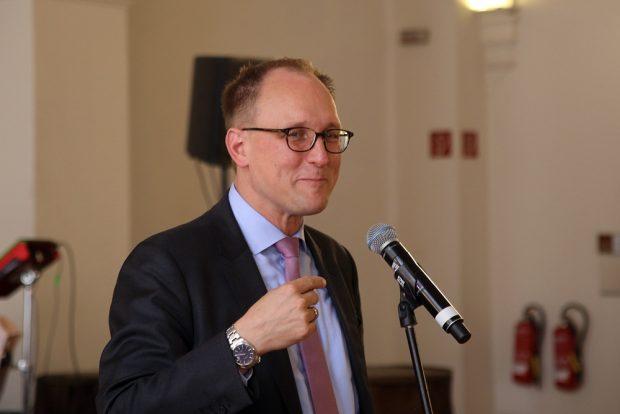 Bürgermeister für Allgemeine Verwaltung Ulrich Hörning eröffnet die CSD-Woche. Foto: Alexander Böhm