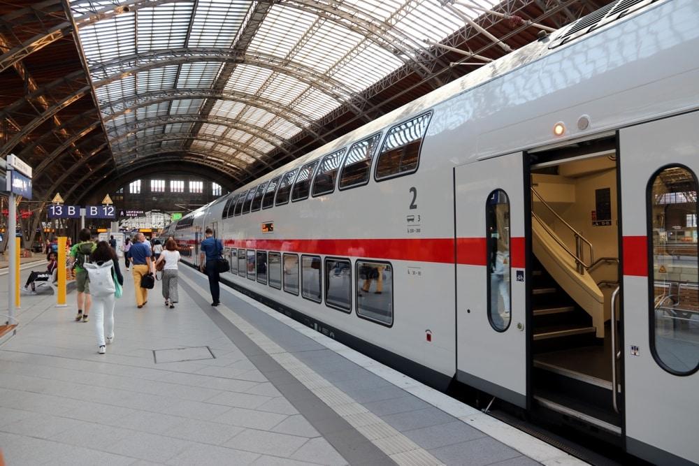 Der IC am Hauptbahnhof Leipzig. Foto: L-IZ.de