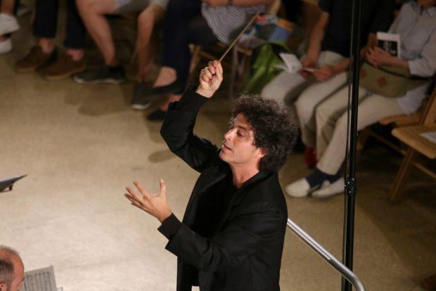 Dirigent Frédéric Tschumi. Foto: Alexander Böhm