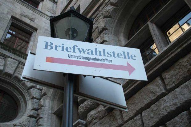 Hier geht's zur Briefwahlstelle. Foto: Ralf Julke