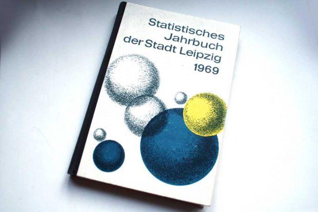 Das Statistische Jahrbuch Leipzigs von 1969. Foto: Ralf Julke