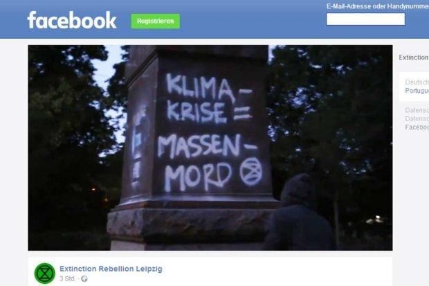 Eine deutliche Botschaft mit Sprühkreide 2019 an Denkmälern. Screenshot aus dem Facebook-Clip von Extinction Rebellion Leipzig. Screenshot: L-IZ