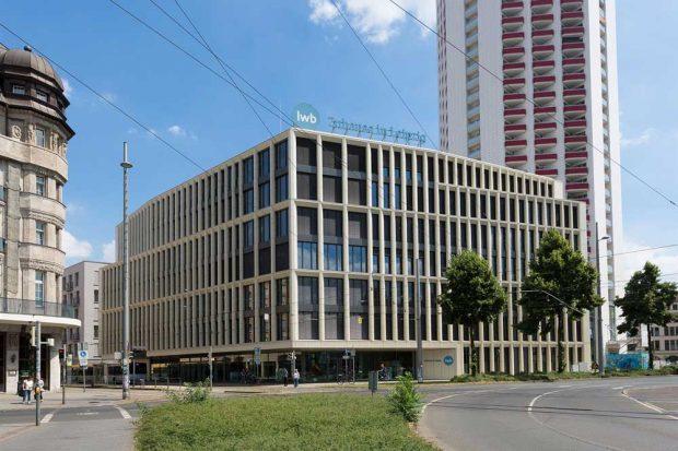 Der LWB Unternehmenssitz in der Wintergartenstraße 4 wurde im Herbst 2015 bezogen. Foto: Peter Usbeck, Quelle: LWB