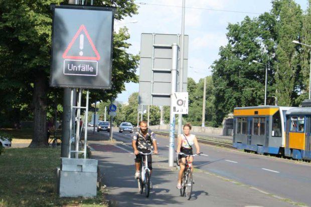 Warnanlage am Cottaweg. Foto: Ralf Julke