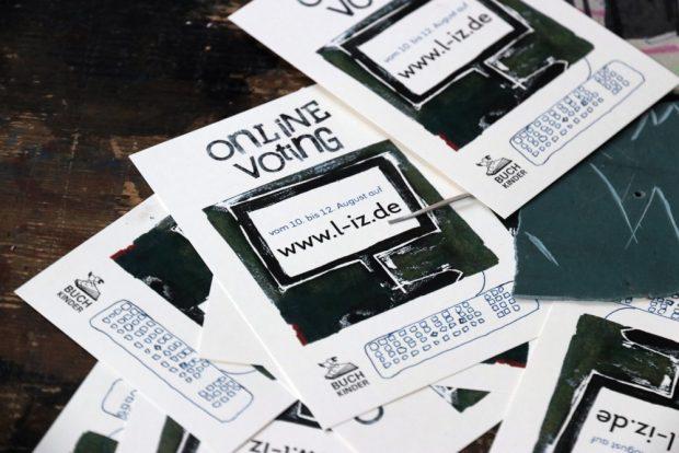 Das Online-Voting zur sächsischen Landtagswahl 2019. Kinder machen ihre eigenen Wahlplakate. Foto: L-IZ.de