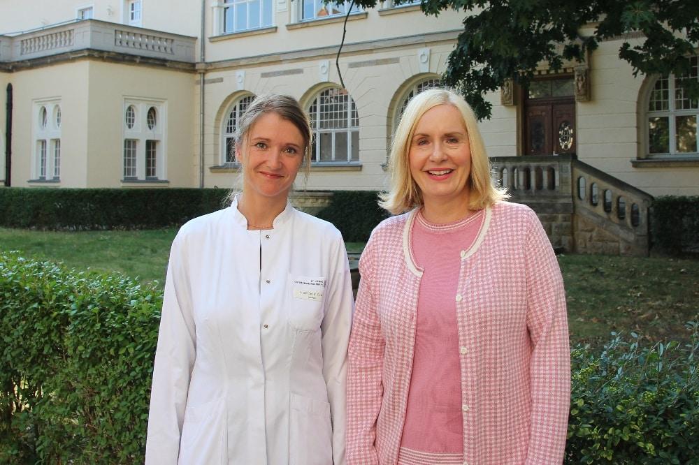 Dr. Marlen Zurek und Geschäftsführerin Dr. Iris Minde @ Klinikum St. Georg