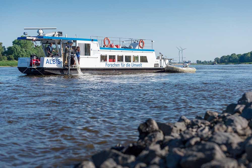 UFZ-Forschungsschiff Albis. Foto: André Künzelmann / UFZ