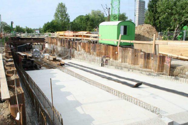 Die Tunnelbaustelle am Equipagenweg. Foto: Ralf Julke