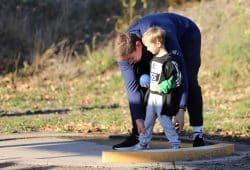 Lernen vom einzigen deutschen Kugelstoßweltmeister - David Storl auf der StartUp-Party des vergangenen Jahres. Quelle: A. Kleefisch